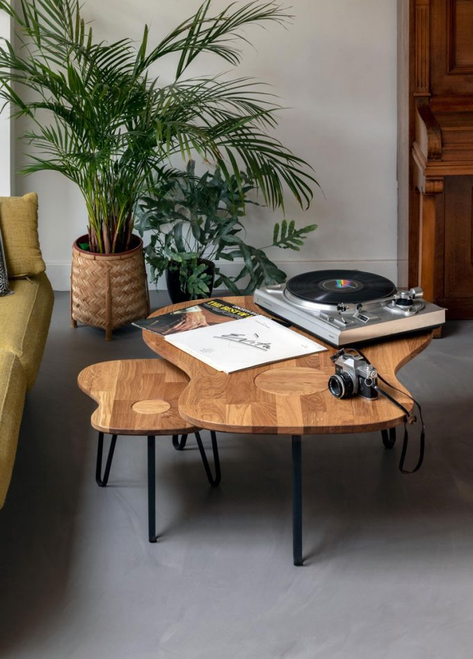 Ruwdesign-acoustic-the-original-guitar-table-set-record-player-plant-living-room