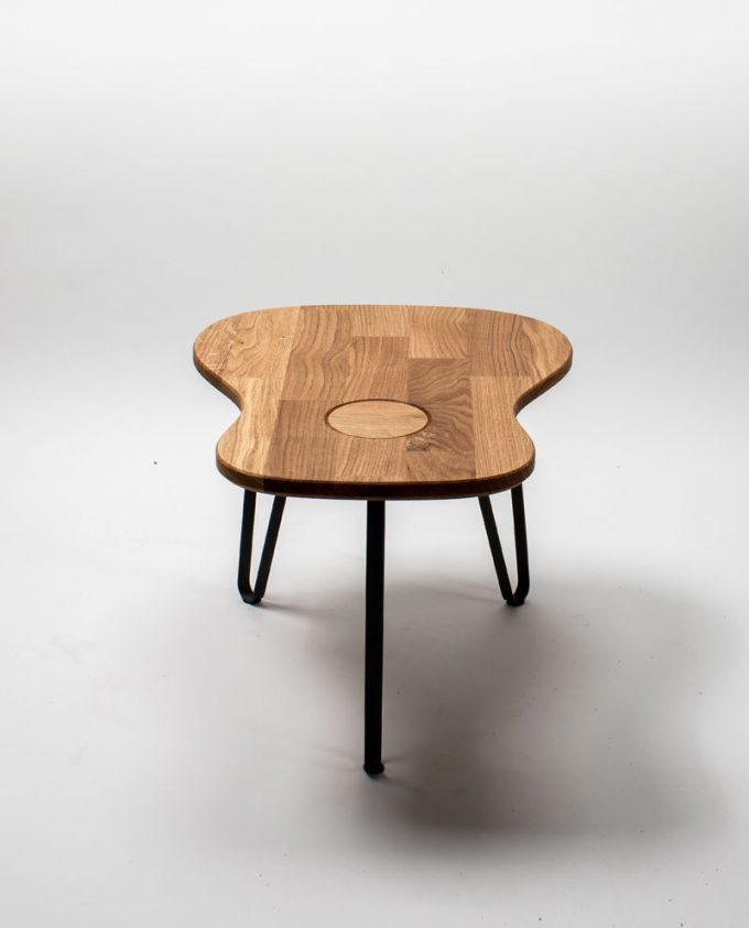 Ruwdesign-guitar-table-acoustic-front