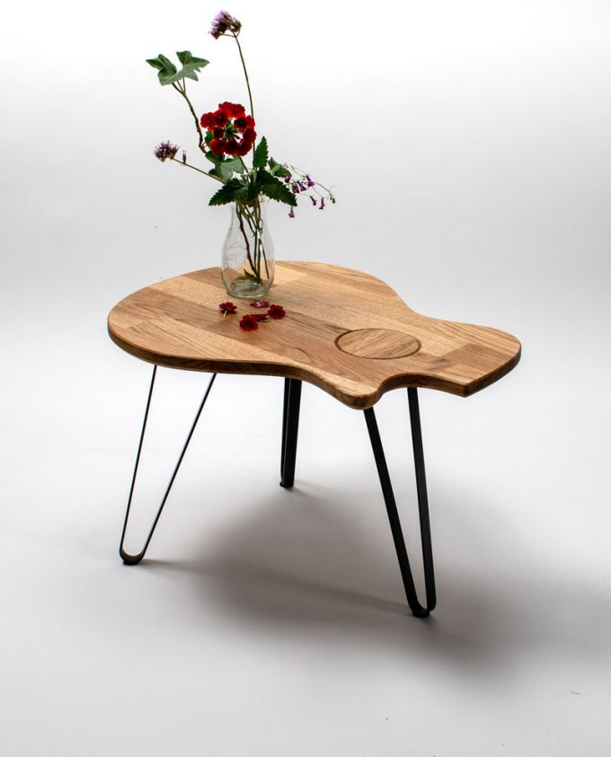 Ruwdesign-guitar-table-acoustic-grand-concert-red-flower
