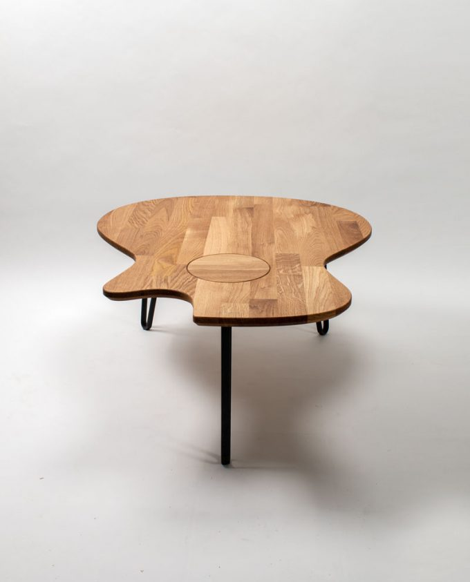 Ruwdesign-guitar-coffee-table-grand-concer-frontt