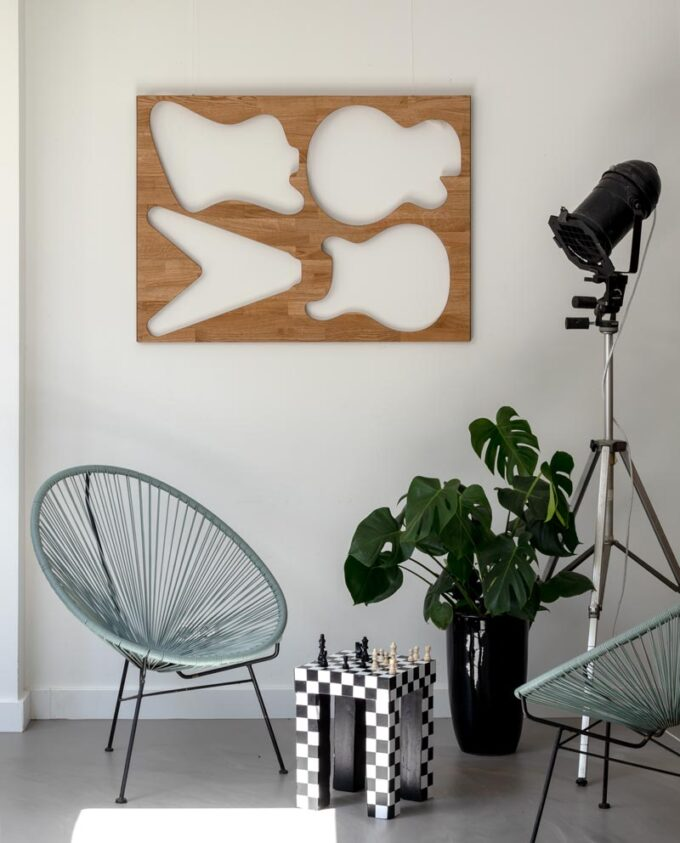 Ruwdesign-Interior-Acapulco-chair turquoise-Monstera-Chess-Table-Guitar-Wall-Art-Oak-Wood-Front-web